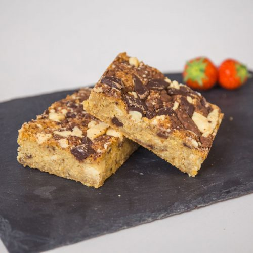 https://www.pantry61.co.uk/wp-content/uploads/2018/11/triplechocflapjack-480x480.jpg
